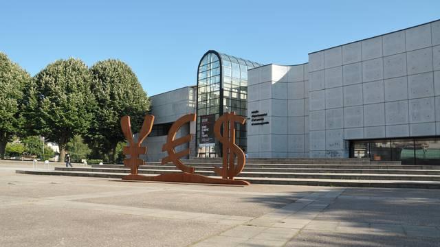 The Museum – Musée Départemental d'Art Ancien et Contemporain