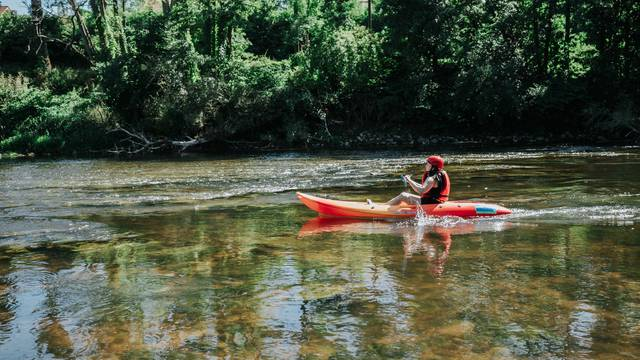 Sail around the nature loop with your kayak!