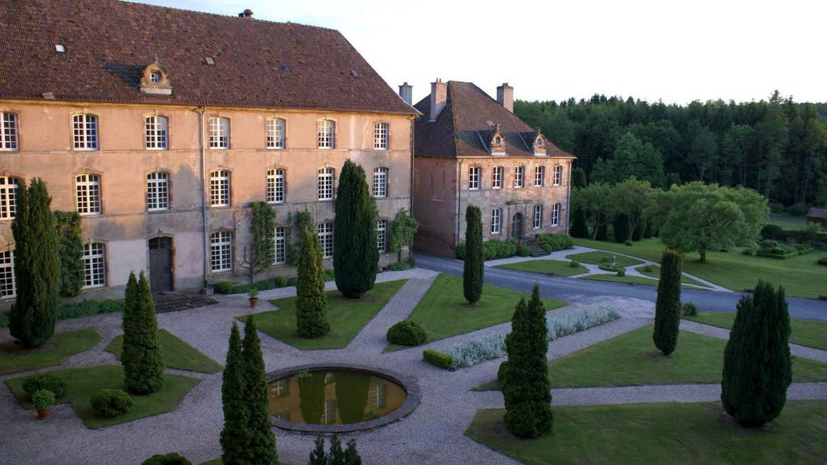 Step 1 : 10.00 a.m.–  Visit the Abbey in Autrey and its