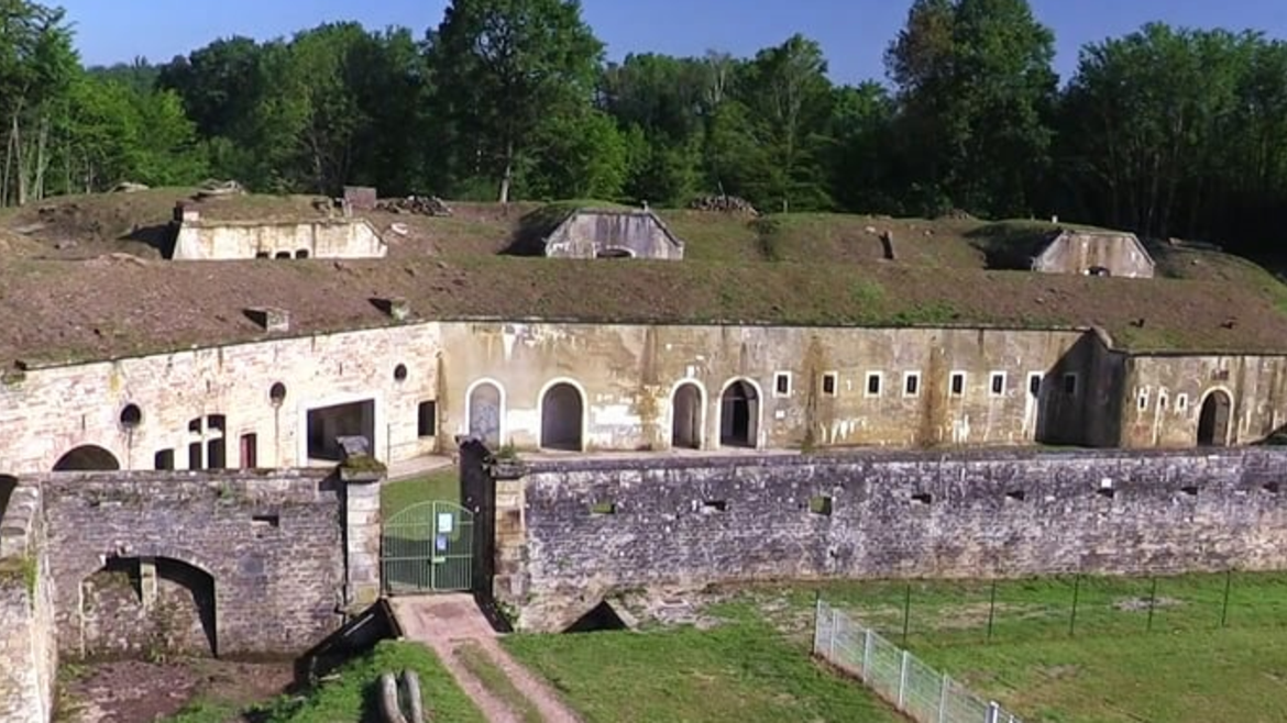 Explore this fortification of the 19th century