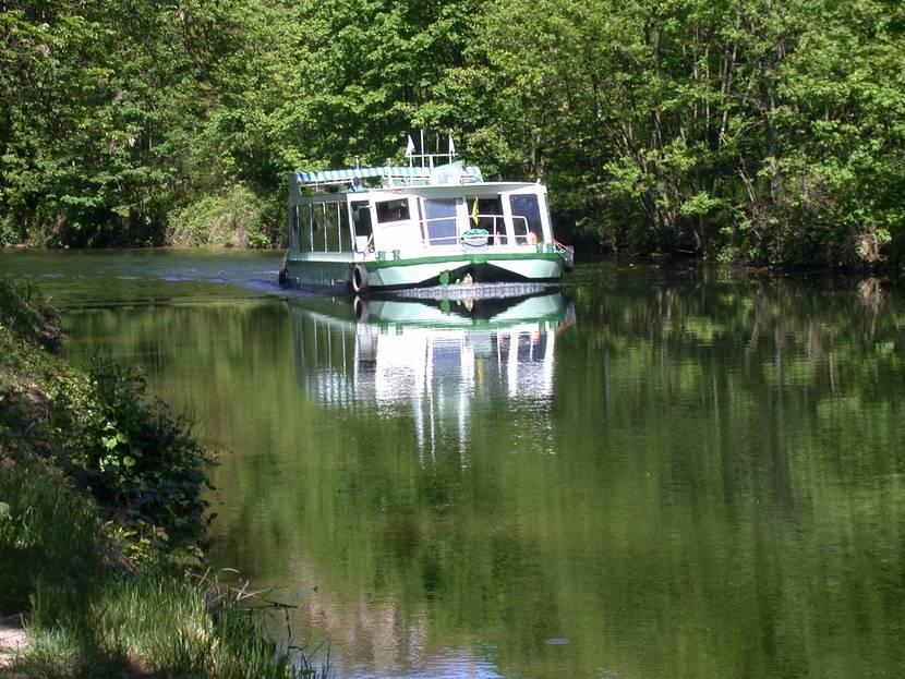River cruise Vosges - Canal des Vosges - Péniche Vosges - Port d'Epinal - Port de Fontenoy le Château
