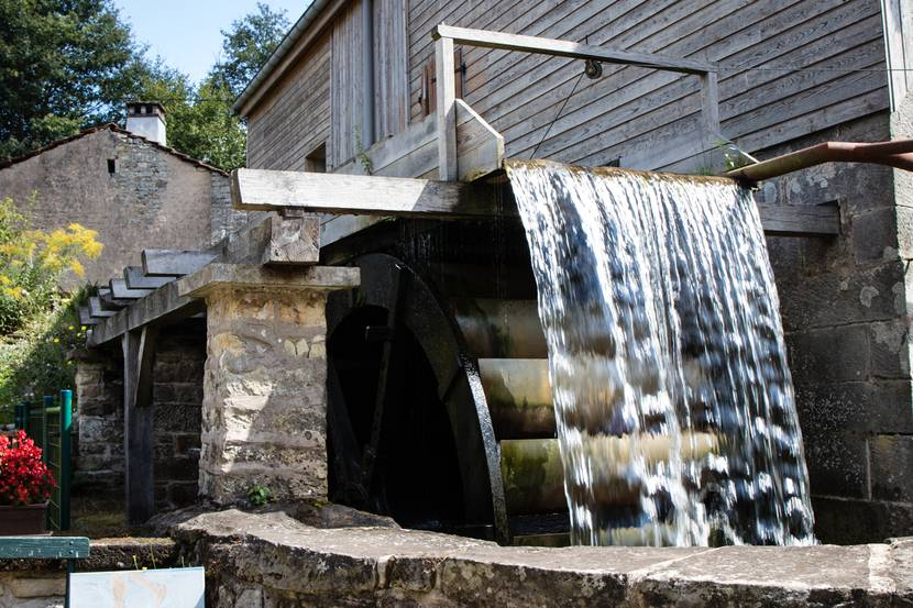 Moulin Gentrey - Heritage Bains les Bains - Guided tour - Spa treatment - Spa accommodation