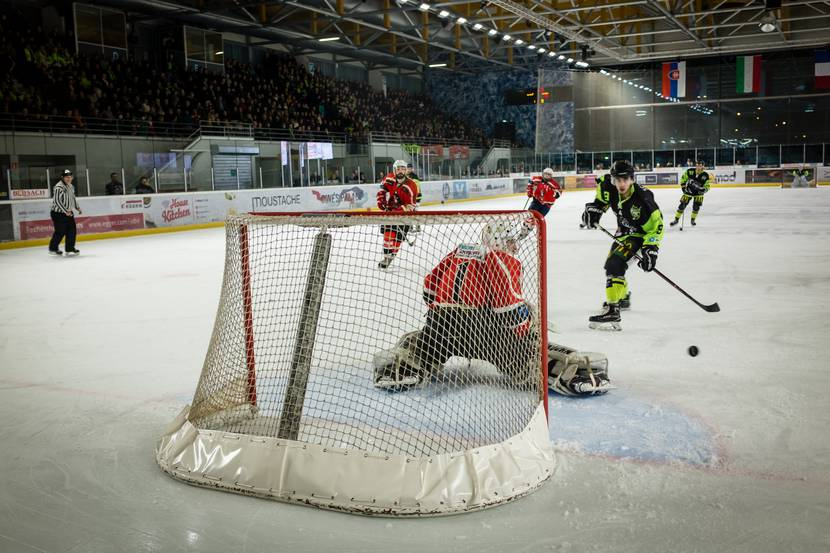 Ice rink Epinal - Activity Epinal - Ice hockey